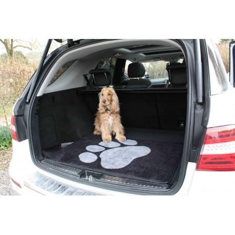 Ochranný koberec do kufra auta