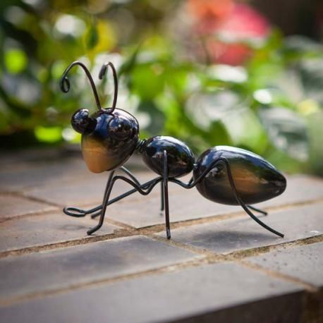 Dekorace do zahrady - mravenec Ollie